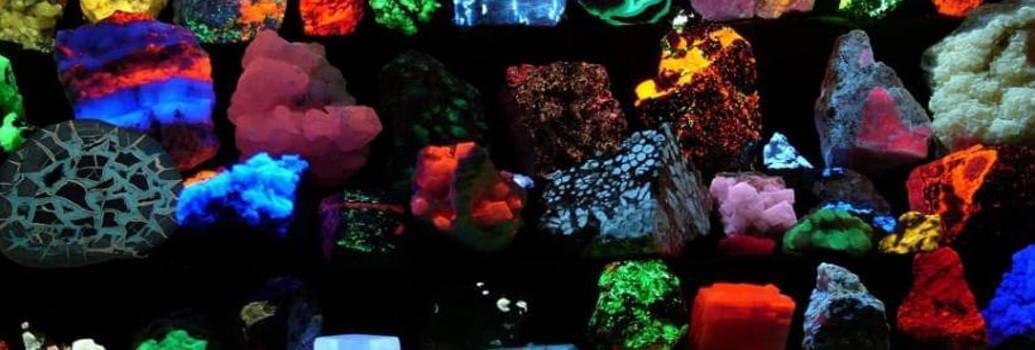 Schwarzlichtblaue UV-A-Lampen